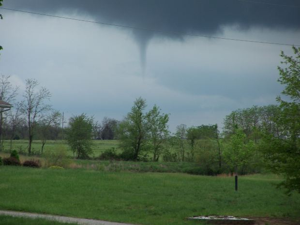 Tornado forming in the sky. Image from Mourgefile